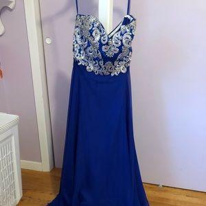 Stunning prom dress- worn once